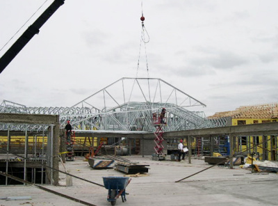 Cold formed steel roof truss